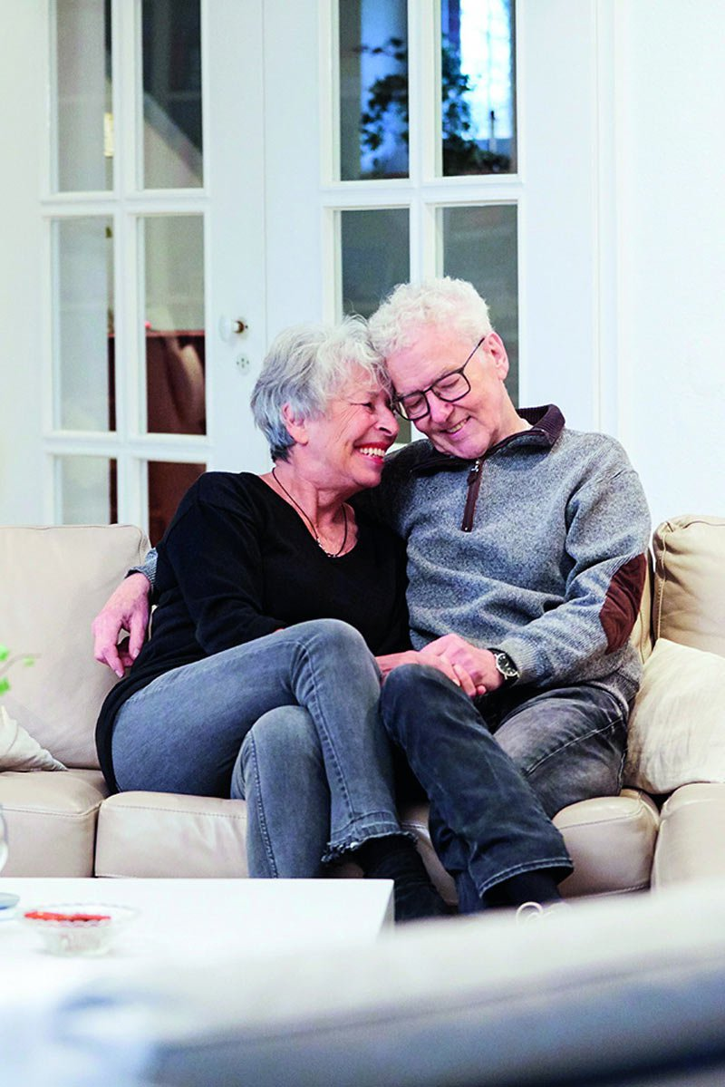 Ehepaar auf Couch